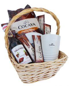 Trinkbares Glück - Schokoladen Geschenkkorb mit Porzellanbecher