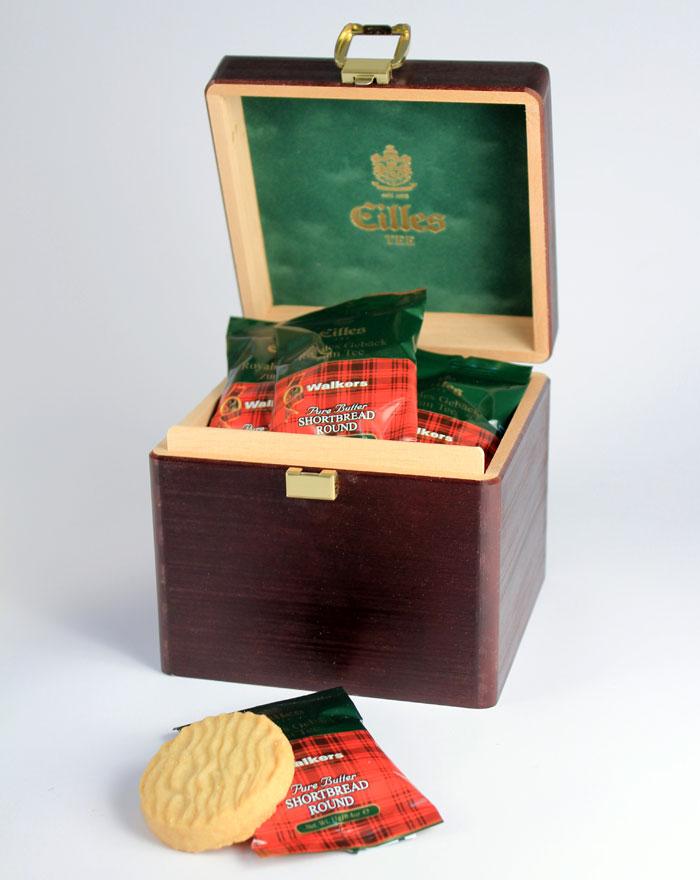 eilles-teegeback-schatzkiste-aus-holz-mit-14-stuck-butter-shortbreads