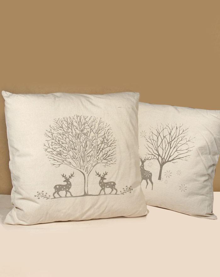 elch-kissen-mit-designerbezug-in-winterdesign-naturfarben-mit-grauem-design-50x50-cm-2er-set
