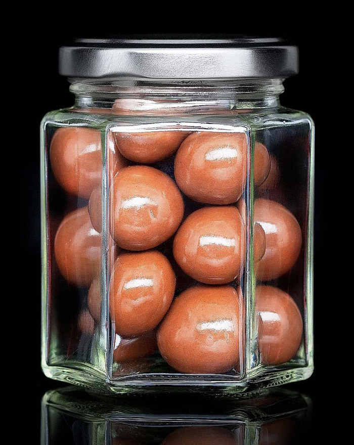 milch-schoko-macadamia-gourvita-moments-80g-glas